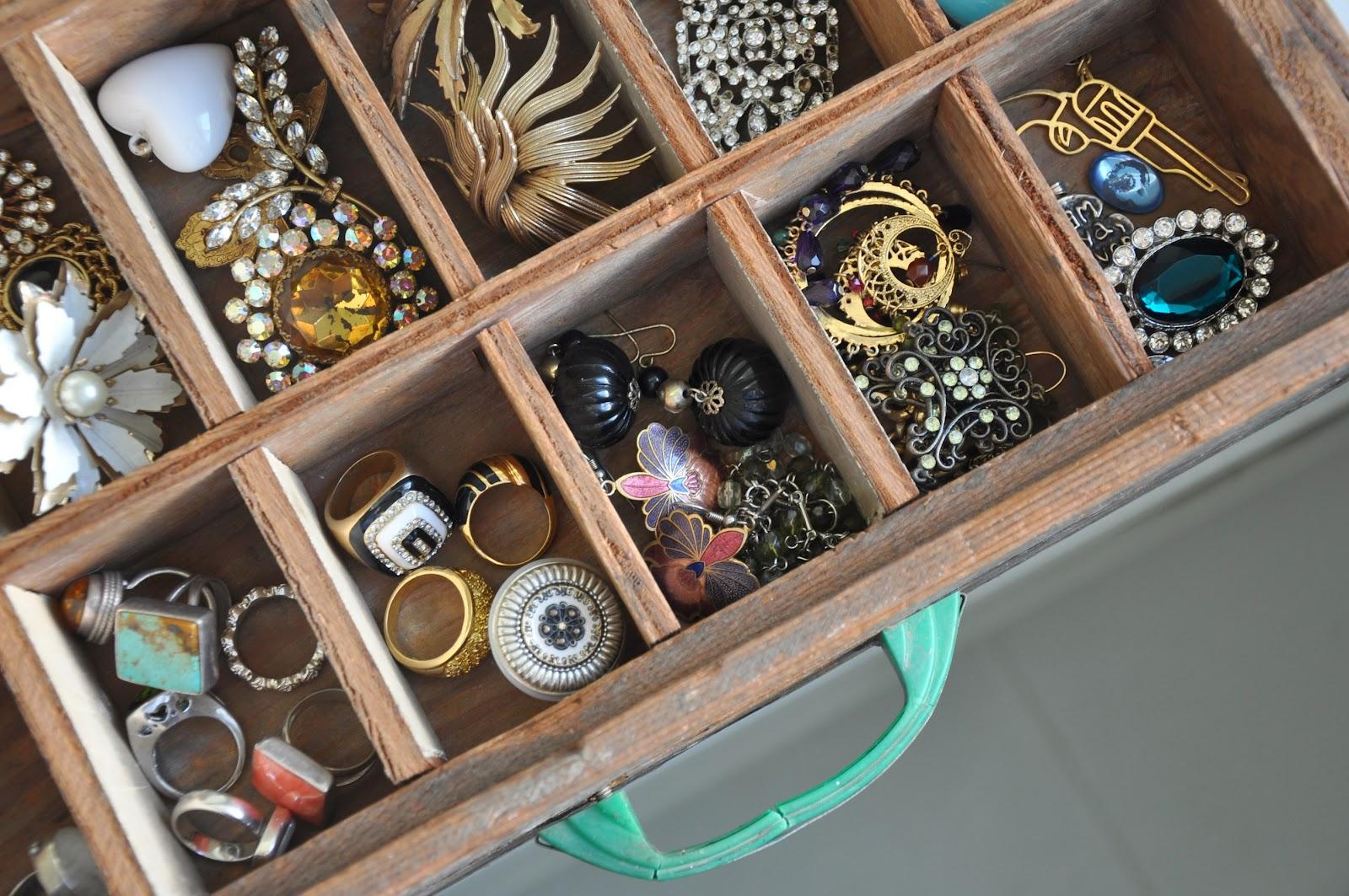 Cool Jewelry Storage